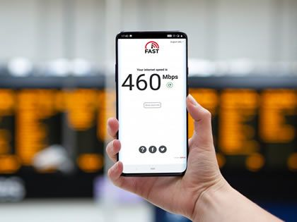 EE expands its 5G network across more transport hubs and city centres