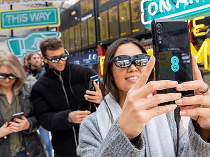 EE has brought 5G to three new postcodes for the first time